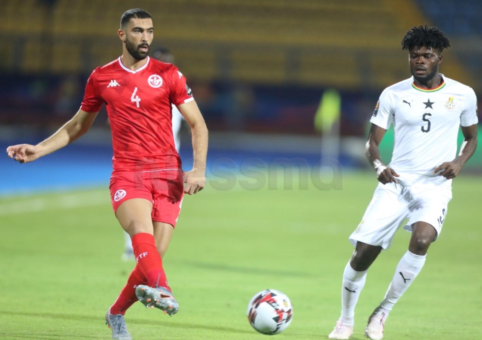 صور الشوط الأول من مباراة المنتخب الوطني التونسي و منتخب غانا