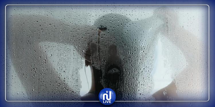 الاستحمام بالماء الساخن يقي من كورونا :   منظمة الصحة العالمية ترد