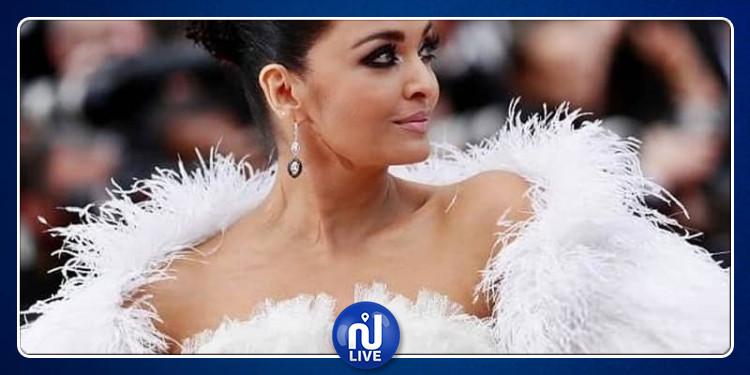إيشواريا راي تذهل العالم خلال حضورها عرض ''La belle époque '' (صور)