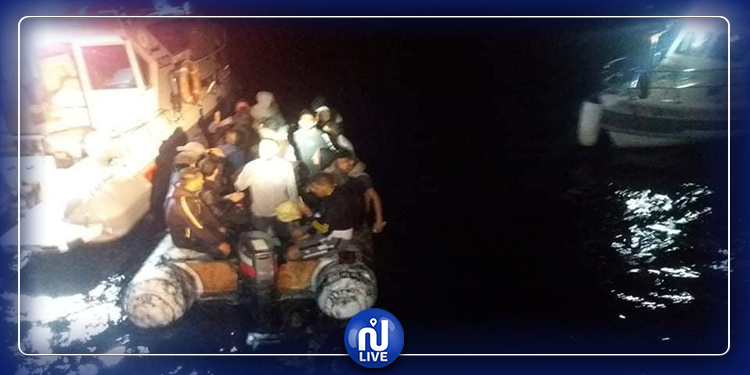 نابل: ضبط زورق بحري على متنه 25 شخصا