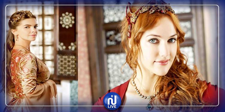 Des actrices turques rendent hommage à leurs mères pour la fête des mères
