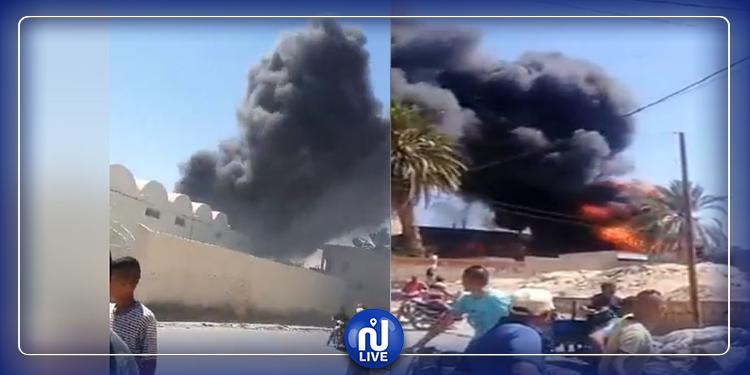 اندلاع حريق بساحة مصنع التمور في توزر